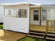 Terrasse bois mobilhome - Surface : 15,75 m2 - 1/2 couverte