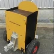 Timon motorisé - Capacité maximale supportée : 1000 kg sur terrain plat