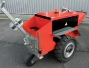 Tireur pousseur accompagnant - Capacité de traction : 80 tonnes sur rails
