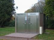 Toilette public à cellule unique plus urinoir - Modèles Extérieurs PMR LU400