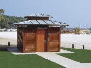 Toilette public simple avec 3 urinoirs intérieurs