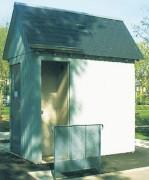 Toilette publique autonettoyante - Nettoyage automatique - Toit en 2 ou 4 pentes