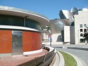 Toilettes exterieur Personnalisés pour musée - Toilettes Bilbao-Espagne