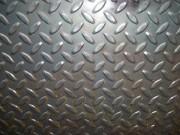 Tôle acier larmée - Épaisseur : 3/5 ou 5/7 mm