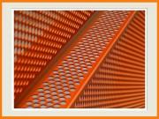 Tôle de bardage métallique - Perforation à trous ronds et pliage sur mesure