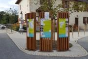 Totem signalétique urbain en bois - Différents formats
