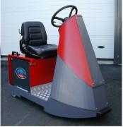 Tracteur électrique de transport 3 tonnes - Puissance de tractions 3 tonnes - largeur de 700 mm prévue pour la manutention interne