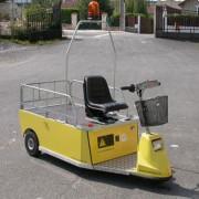 Tracteur électrique utilitaire - Capacité jusqu'à 6000 Kg