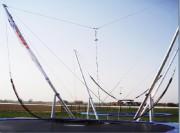Trampoline élastique pour extérieur - Hauteur : 6,00 mètres avec base acier zingué et remorque en option
