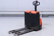 Transpalette électrique occasion accompagnant - Capacité de charge : 1400 kg