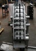 Transporteur à chaine de pièces industrielles - Motoréducteur Triphasé (230/400 Volts) ou Monophasé (230 Volts)