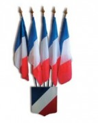 Trepieds écussons pour porte-drapeaux - 1 à 5 drapeaux de dimensions 50 x 75 cm maximum