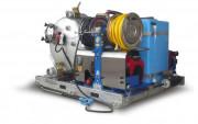 Unité d'aspiration et lavage haute pression et radiocommande - Dimensions (L x l x H) : 210 x 190 x 144 cm