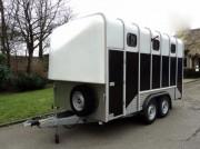Van diagonal 3 à 4 chevaux - Poids à vide : 1290 Kg  -  PTAC : 3500 kg