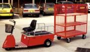 Véhicule électrique à remorque - Charge totale : 300 kg maximum