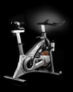 Vélo d'appartement silencieux - Poids maxi utilisateur : 120 kg