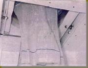 Vidange sacs à vanne guillotine en position ouverte - Vanne guillotine en position ouverte- manchette de vidage libérée