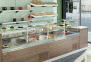 Vitrine d'angle bain-marie chauffant - Surface :1.06 à 1.39 m² - Bain-marie chauffant