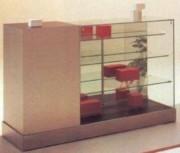 Vitrine d'exposition à 2 tiroirs et 1 tablette - Dimensions 150 x 46,5 x 95H cm 150 x 62,5 x 95H cm
