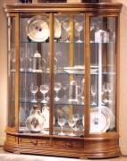 Vitrine d'exposition en bois laqué - Dimensions (H x L x P) : 150 x 120 x 35 cm
