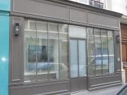 Vitrine de magasin - Structure : verre et aluminium