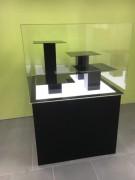 Vitrine de protection en plexiglas - Sous forme de cône - Transparente
