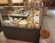 Vitrine fromagerie réfrigérée sur-mesure - Conception artisanale