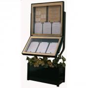 Vitrine menu lumineuse sur pied jardinière - Capacité : 6 + 3 pages - Dimensions d'affichage (cm)  : 73 x 65 - 73 x 43