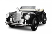 Voiture électrique enfant Mercedes 300S - Vitesse Max : 3-5 km / h