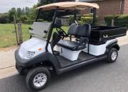 Voiturette de golf utilitaire a benne de chargement - Golfcar 2 places permettant le transport de marchandises