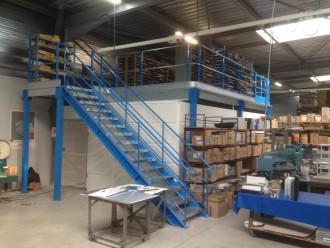 Mezzanine industrielle a plancher métallique - Devis sur Techni-Contact.com - 1