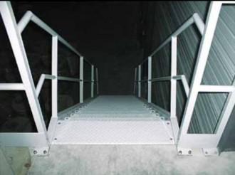 Escalier droit industriel - Devis sur Techni-Contact.com - 1