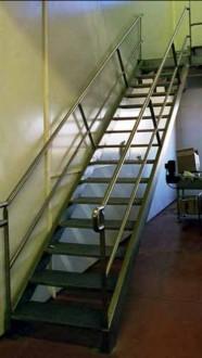 Escalier droit industriel - Devis sur Techni-Contact.com - 2