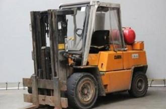 Chariot elevateur gaz compact d'occasion - Devis sur Techni-Contact.com - 1