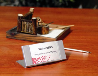 Plaque pour carte de visite - Devis sur Techni-Contact.com - 2