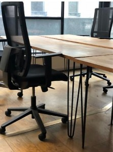 Bureau droit en bois massif occasion - Devis sur Techni-Contact.com - 1
