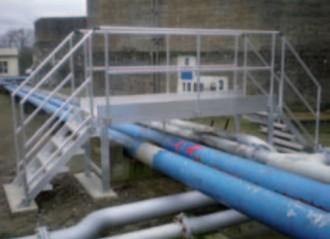 Passerelle de franchissement tuyauterie double - Devis sur Techni-Contact.com - 1