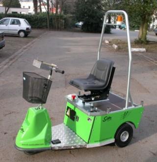 Tracteur électrique pour le transport de conteneurs à dechets - Devis sur Techni-Contact.com - 3