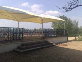 Abri terrasse restaurant à toile aérée - Devis sur Techni-Contact.com - 4