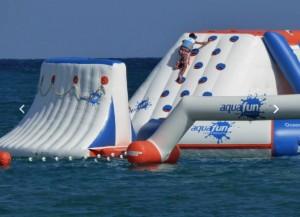 Aire de jeux aquatiques gonflables 105 personnes - Devis sur Techni-Contact.com - 2