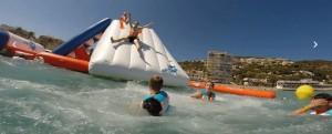 Aire de jeux gonflable aquatique 30 personnes - Devis sur Techni-Contact.com - 1