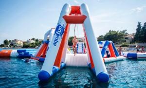 Aire de jeux gonflable aquatique 30 personnes - Devis sur Techni-Contact.com - 3