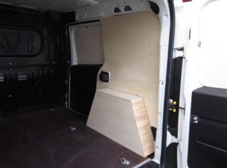 Aménagement en bois pour Nissan NV400 - Devis sur Techni-Contact.com - 2