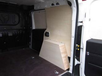 Aménagement en bois pour Nissan NV400 - Devis sur Techni-Contact.com - 3