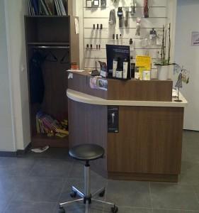 Aménagement en bois pour salon de coiffure  - Devis sur Techni-Contact.com - 2