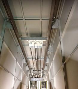 Ascenseur hydraulique avec cuvette pour installation bâtiment existant - Devis sur Techni-Contact.com - 1