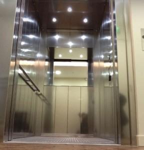 Ascenseur sur mesure cabine extra large pour grands volumes - Devis sur Techni-Contact.com - 1