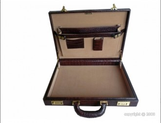 Attache case de luxe en cuir - Devis sur Techni-Contact.com - 2