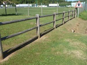 Barrière bois Travée de 2 m - Devis sur Techni-Contact.com - 1