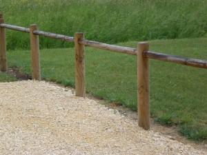 Barrière bois Travée de 2 m - Devis sur Techni-Contact.com - 2